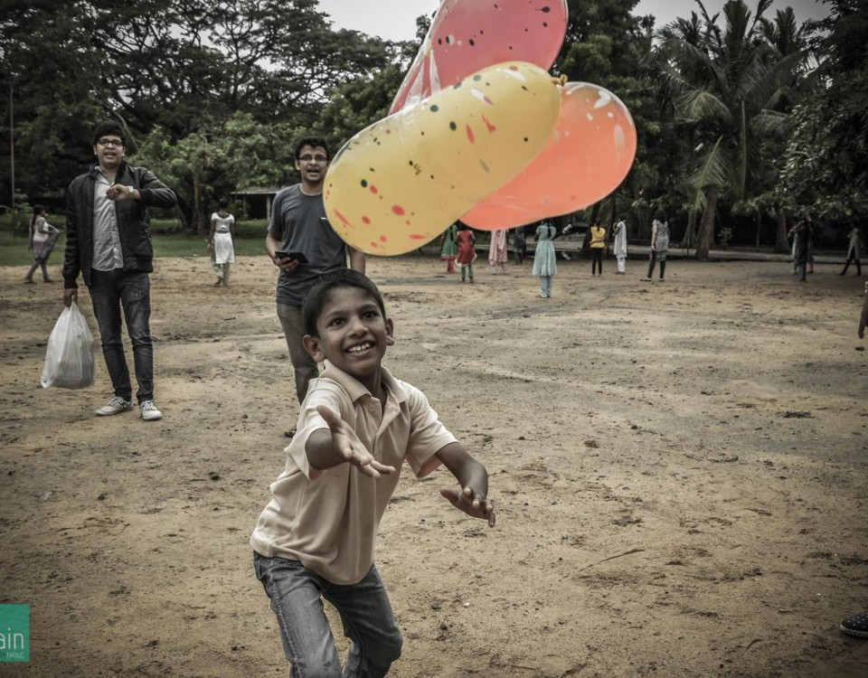 Shelter Home , Kids , Chennai , Indian , Poverty , Happiness , Photography , Orphan , Love , Future , Adopt , Balloon, Catch